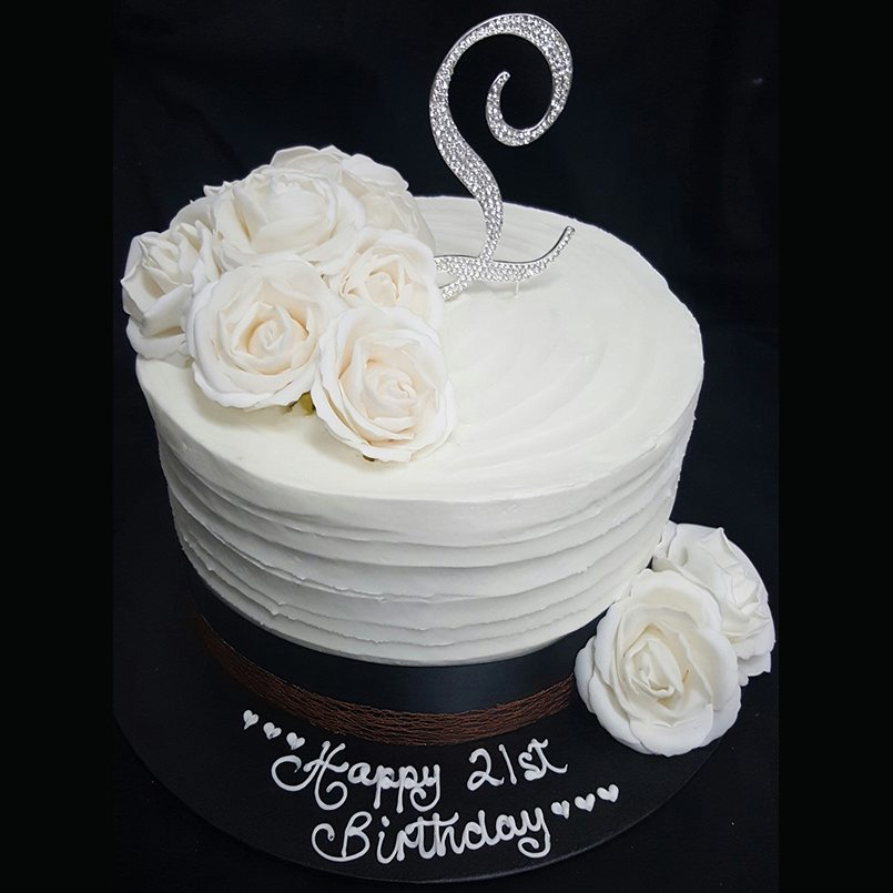 Fabulous Birthday Cakes For Female Designer Delights Personalised Birthday Cards Veneteletsinfo